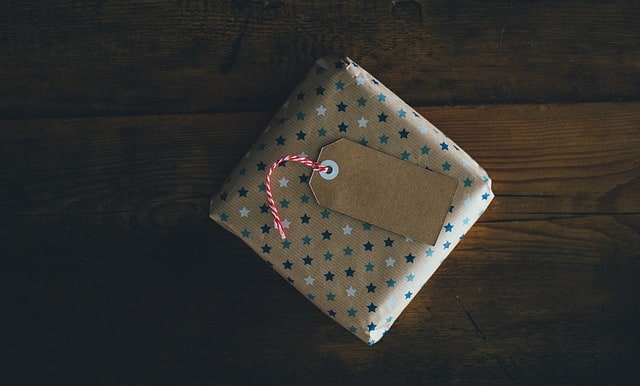 5 Personalized Gift Ideas for That Someone Special