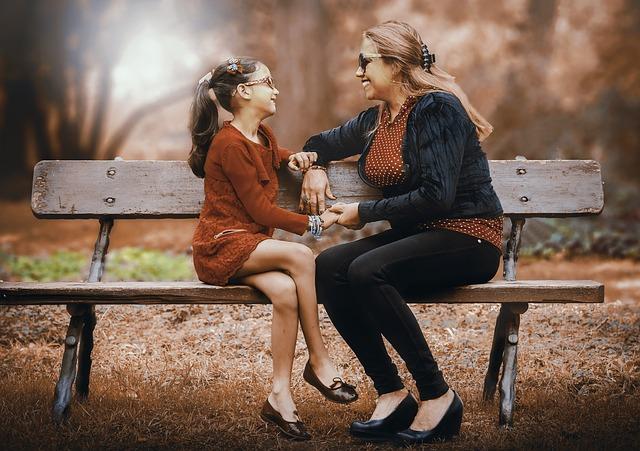 3 Tips for Building Stronger Family Relationships
